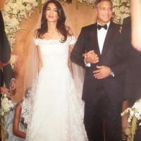 Το άλμπουμ του γάμου Τζορτζ Κλούνεϊ-Αμάλ Αλαμουντίν -Αμηχανία, δαντέλες, τούλια, λουλούδια και... κλασικές πόζες [εικόνες]